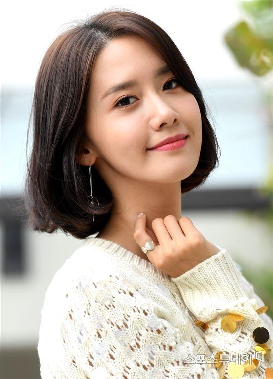 배우 임윤아로 자리매김한 소녀..
