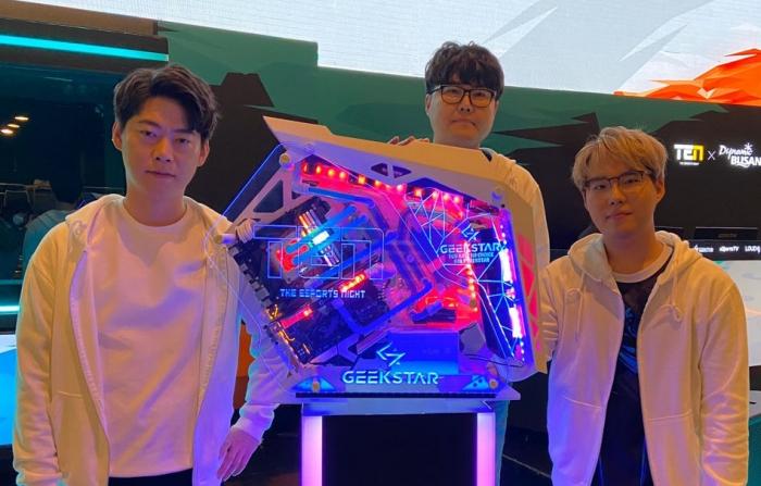 워크래프트3 리포지드 韓-中 매치, 접전 끝 한..